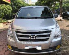 Cần bán Hyundai Grand Starex MT đời 2016, màu bạc, 815 triệu giá 815 triệu tại Hà Nội