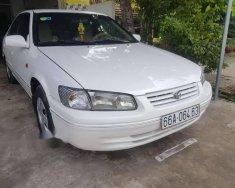Bán Toyota Camry MT đời 2000, màu trắng, xe rin từ đầu đến đuôi giá 248 triệu tại Đồng Tháp