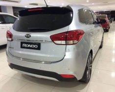 Cần bán xe Kia Rondo đời 2018, màu bạc, giá chỉ 609 triệu giá 609 triệu tại Khánh Hòa