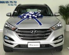 Hỗ trợ trả góp xe SUV Hyundai Tucson bản 2.0L Full xăng màu bạc giá 838 triệu tại Tp.HCM