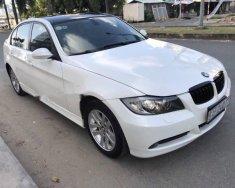 Cần bán gấp BMW 3 Series 320i đời 2008, màu trắng chính chủ giá 452 triệu tại Tp.HCM