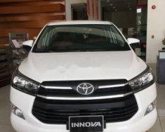 Bán xe Toyota Innova 2.0E sản xuất năm 2018, màu trắng giá 743 triệu tại Cần Thơ