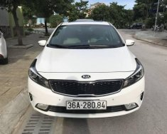 Cần bán Kia Cerato 1.6AT năm sản xuất 2016, màu trắng, giá chỉ 585 triệu giá 585 triệu tại Thanh Hóa