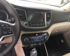 Bán Hyundai Tucson 2.0 sản xuất năm 2018, màu trắng  giá 890 triệu tại Nghệ An
