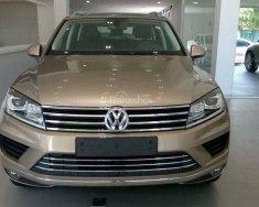 Bán ô tô Volkswagen Touareg năm 2016, màu vàng, nhập khẩu giá 2 tỷ 499 tr tại Khánh Hòa