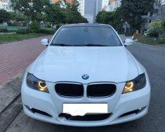 Cần bán gấp BMW 3 Series 320i đời 2009, màu trắng, giá 525 triệu giá 525 triệu tại Tp.HCM