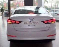Hyundai Tây Ninh cần bán Hyundai Elantra AT sản xuất 2018, màu trắng, giá chỉ 655 triệu giá 655 triệu tại Tây Ninh