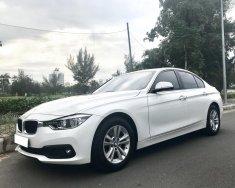 Bán xe BMW 3 Series 320i 2015, đi 14000km giá 1 tỷ 100 tr tại Tp.HCM