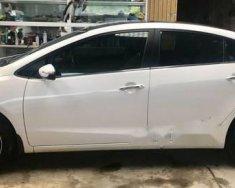 Cần bán lại xe Kia Cerato đời 2016, màu trắng, số tự động giá 576 triệu tại Thái Nguyên
