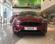 Cần bán xe Ford Focus Titanium sản xuất 2018, màu đỏ giá 725 triệu tại Tp.HCM