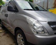 Cần bán gấp Hyundai Grand Starex Van 2.4 MT năm sản xuất 2011, màu bạc, nhập khẩu nguyên chiếc, giá 385tr giá 385 triệu tại Tp.HCM