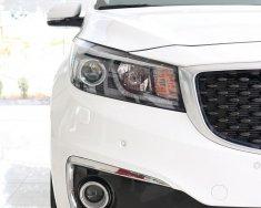 Bán Kia Grand Sedona DATH màu trắng 100%, có xe giao ngay giá 1 tỷ 179 tr tại Tp.HCM