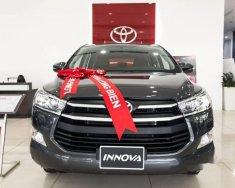 Bán xe Toyota Innova 2.0E năm 2018, màu xám giá 743 triệu tại Hà Nội