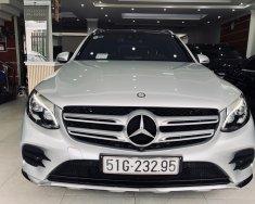 Siêu phẩm cho người được chọn Mercedes Benz GLC 300 4Matic 2016 - 1 Tỷ xxx giá 1 tỷ 999 tr tại Tp.HCM