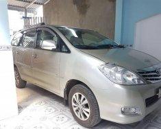 Gia đình cần bán 1 xe Innova đúng dòng G xịn, đời cuối 2009, màu bạc giá 386 triệu tại Tp.HCM
