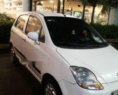 Cần bán Chevrolet Spark năm sản xuất 2010, màu trắng  giá 90 triệu tại Tp.HCM
