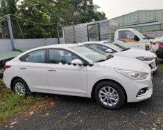Bán ô tô Hyundai Accent 1.4 AT 2018, màu trắng, giá tốt giá 499 triệu tại Tp.HCM
