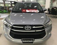 Cần bán xe Toyota Innova 2.0E năm 2018, màu bạc giá 743 triệu tại Hà Nội