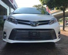 Cần bán Toyota Sienna Limited đời 2018, nhập khẩu bản full hết đồ không thiếu gì giá 4 tỷ 169 tr tại Hà Nội