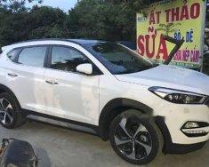 Cần bán Hyundai Tucson đời 2018, màu trắng, giá tốt giá 890 triệu tại Hà Nội