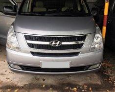 Bán xe Hyundai Grand Starex 2015, máy dầu số sàn 9 chỗ, màu bạc giá 735 triệu tại Tp.HCM