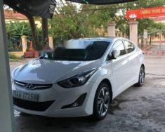Cần bán gấp Hyundai Elantra đời 2015, màu trắng giá cạnh tranh giá 585 triệu tại Quảng Ninh