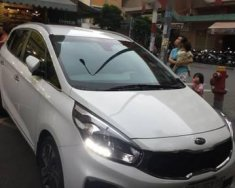 Bán xe Kia Rondo AT đời 2016, màu trắng xe gia đình giá 565 triệu tại Tp.HCM