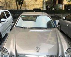 Cần bán gấp Mercedes E200 năm sản xuất 2008, màu vàng giá 450 triệu tại Hà Nội