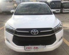Cần bán Toyota Innova E 2017, màu trắng, số sàn, giá tốt giá 718 triệu tại Tp.HCM