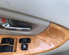 Cần bán gấp Toyota Innova năm 2010, màu bạc xe gia đình giá 468 triệu tại Bình Dương