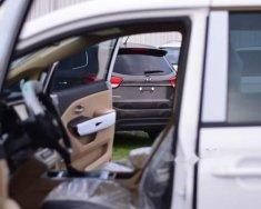 Cần bán Kia Sedona DATH năm 2018, màu trắng giá 1 tỷ 179 tr tại Tp.HCM