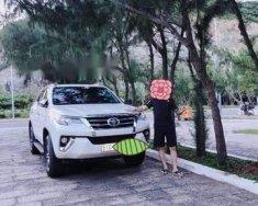 Cần bán xe Toyota Fortuner đời 2017, màu trắng chính chủ giá 1 tỷ 190 tr tại Tp.HCM