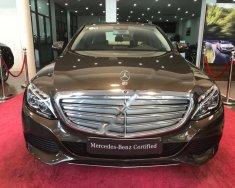 Cần bán gấp Mercedes C250 Exclusive sản xuất 2017, màu nâu, đăng ký 2018 giá 1 tỷ 629 tr tại Hà Nội
