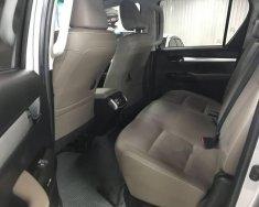 Bán xe Toyota Hilux 3.0 AT đời 2015, màu bạc, giá 770tr giá 770 triệu tại Tp.HCM