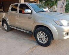 Bán ô tô Toyota Hilux năm sản xuất 2012, màu vàng giá 460 triệu tại Nghệ An