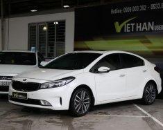 Bán Kia Cerato 2.0AT đời 2016, màu trắng giá 596 triệu tại Tp.HCM