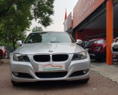 Cần bán xe BMW 3 Series 320i năm sản xuất 2010, màu bạc giá 525 triệu tại Hà Nội