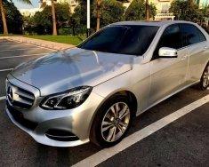 Cần bán xe Mercedes E250 Sx và đăng kí 2014, màu bạc, nội thất đen, xe đi được 65000km giá 1 tỷ 350 tr tại Hà Nội