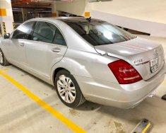 Cần bán Mercedes S400 đời 2010, màu bạc, giám đốc công ty cần bán giá 1 tỷ 210 tr tại Tp.HCM
