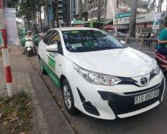 Cần bán lại xe Toyota Vios năm 2018, màu trắng   giá 800 triệu tại Tp.HCM
