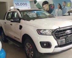 Bán xe Ford Everest Trend AT 2.0 Biturbo sản xuất năm 2018, màu trắng  giá 1 tỷ 112 tr tại Hà Nội