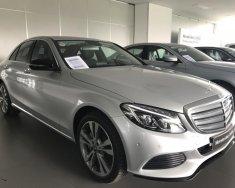 Bán xe Mercedes C250 bạc cũ - lướt 7/2018 chính hãng. giá 1 tỷ 689 tr tại Tp.HCM