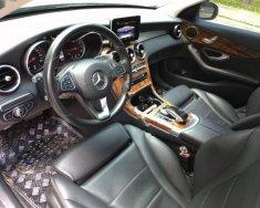 Cần bán gấp Mercedes 2015, màu trắng, xe đảm bảo không cấn đụng hay ngập nước giá 1 tỷ 140 tr tại Hà Nội