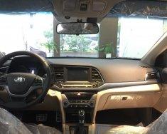 Bán Hyundai Elantra 1.6 AT màu đen xe có sẵn giao ngay, hỗ trợ vay trả góp lãi suất ưu đãi, LH 0903 175 312 giá 635 triệu tại Tp.HCM