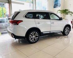 Bán Mitsubishi Outlander sản xuất năm 2018, màu trắng giá 1 tỷ 40 tr tại Đà Nẵng