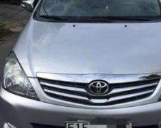 Cần bán xe Toyota Innova năm sản xuất 2016, màu bạc xe gia đình, giá chỉ 600 triệu giá 600 triệu tại Tp.HCM