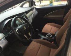 Cần bán gấp Toyota Innova năm sản xuất 2016, màu bạc, giá tốt giá 700 triệu tại Tp.HCM