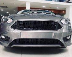 Bán ô tô Ford Focus sản xuất năm 2018, màu xám (ghi), giá tốt, giao ngay, liên hệ 0968912236 giá 590 triệu tại Vĩnh Phúc