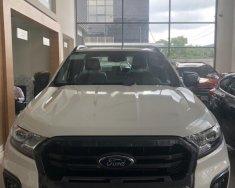 Bán xe Ford Ranger Wildtrak 2.0L 4x4 AT đời 2018, màu trắng, mới 100% giá 918 triệu tại Tp.HCM