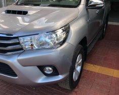 Cần bán xe Toyota Hilux 1 cầu, số sàn, sản xuất 2015, đăng kí 2016 giá 575 triệu tại Gia Lai